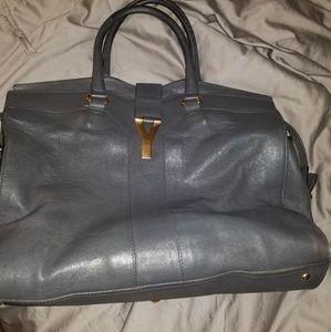 YSLcabas bag